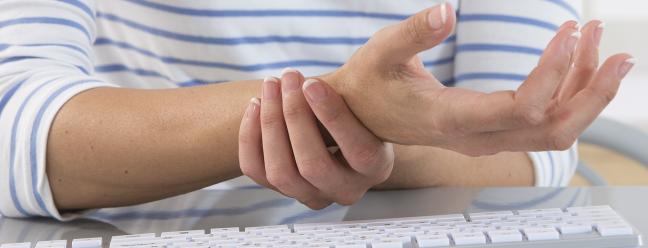 Могут ли остатки запястья клавиатуры предотвратить запястный канал? Они стоит использовать? — Обзор Geek