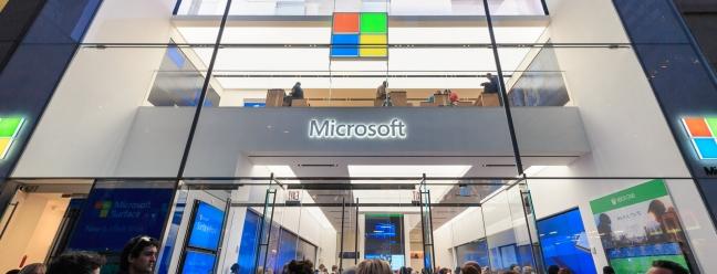 Я работал в магазине Microsoft, и мне грустно, что они все закрываются